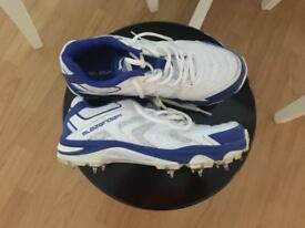 Slazenger Cricket shoes UK 4