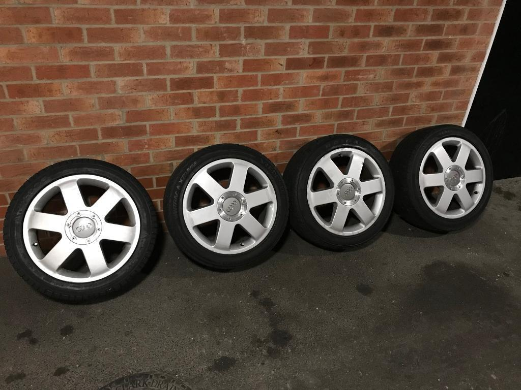 Audi wheels 17 inch ronal with centre caps