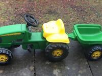 Kids John Deere ride on tractor and trailer