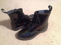 BLACK PETROL DOC MARTENS LANGSTON SIZE 8 (42)