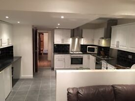 2 X SINGLE ROOMS SHORT OR LONG TERM IN MODERN AND CLEAN HOUSE, 4 BATHROOMS, 4 MIN WALK TOTTENHAM HAL