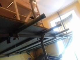 Freestanding scaffolding mezzanine