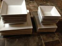 32 piece dinner service white square