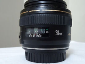 Canon EF 28mm f/1.8 USM - Wide-Angle Prime Lens