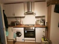 Elephant castle studio £1000pcm ALL BILLS INCLUDED