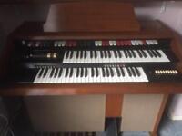 Kentucky Adventurer electric organ