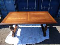 Solid Oak 4-6 seater table with 4x chairs