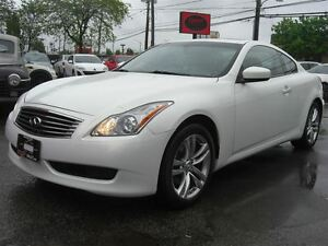 2009 Infiniti G37X Coupe Premium *Nav / Sunroof / 4WD / Leather*