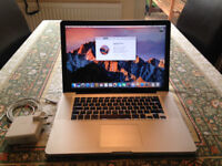 "MacBook Pro 15"" Late 2011 (2.4Ghz i7, 4GB Ram, 6770m 1GB)"