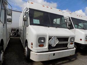 2002 Freightliner MT45 14FT