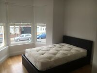 ***MODERN BEDSIT/ENSUITE ROOM AVAILABLE NOW!