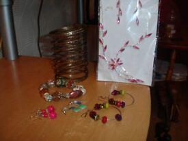 Costume Jewellery--job lot