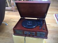 Steepletone record deck with USB input/output