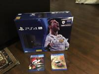 PLAYSTATION PS 4 PRO 1TB FIFA 18 + Gran Turismo Sport Bundle