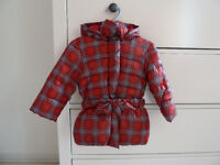Benetton Puffer jacket with hood for 9-12 months old girl