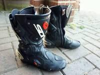 sidi vertigo motorcycle boots