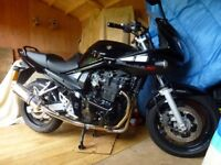 Suzuki 650 Bandit for sale. Low mileage and good condition.