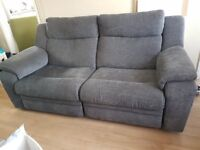 STUNNING DFS SOFA IN CHARCOAL GREY 3 SEAT MANUAL RECLINER - GORGEOUS UNDER 1 YR OLD - JUST £165 ONO