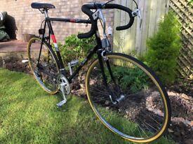 Vintage 1985 BSA Black Shadow road bike -(large 25ins frame)...