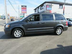 2011 Chrysler Town and Country Cambridge Kitchener Area image 8