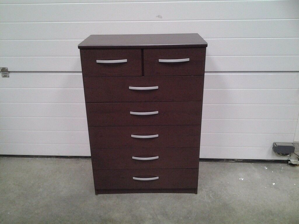 Ex display. Nearly 1/3 shop price. Dark wood colour chest drawers 5+2. Can deliver.