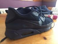 Air max 90 ultra size 11
