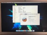 MacBook Air 13 inch, I7 CPU, 8GB, 512 SSD