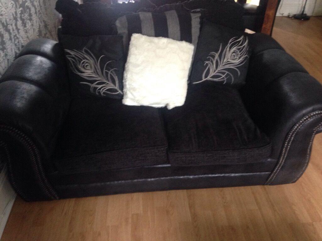 Modern Black And Grey Fabric Sofas In Pontypridd