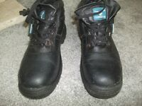 pair size 10,s work boots used once