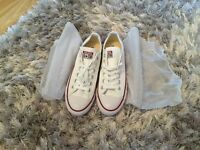 New Converse all star white, size 6 unisex for sale £32