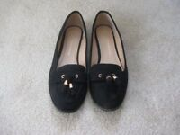Dorothy Perkins Size 7 Flat Shoes Suede Worn Twice Only As Good As New