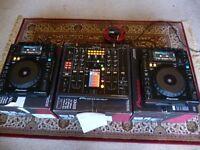 Pair of Pioneer CDJ 900 Nexus and One DJM 2000 Nexus.