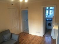 Superb One Bedroom Flat in central Guildford, 500 yards from High St and mainline train station