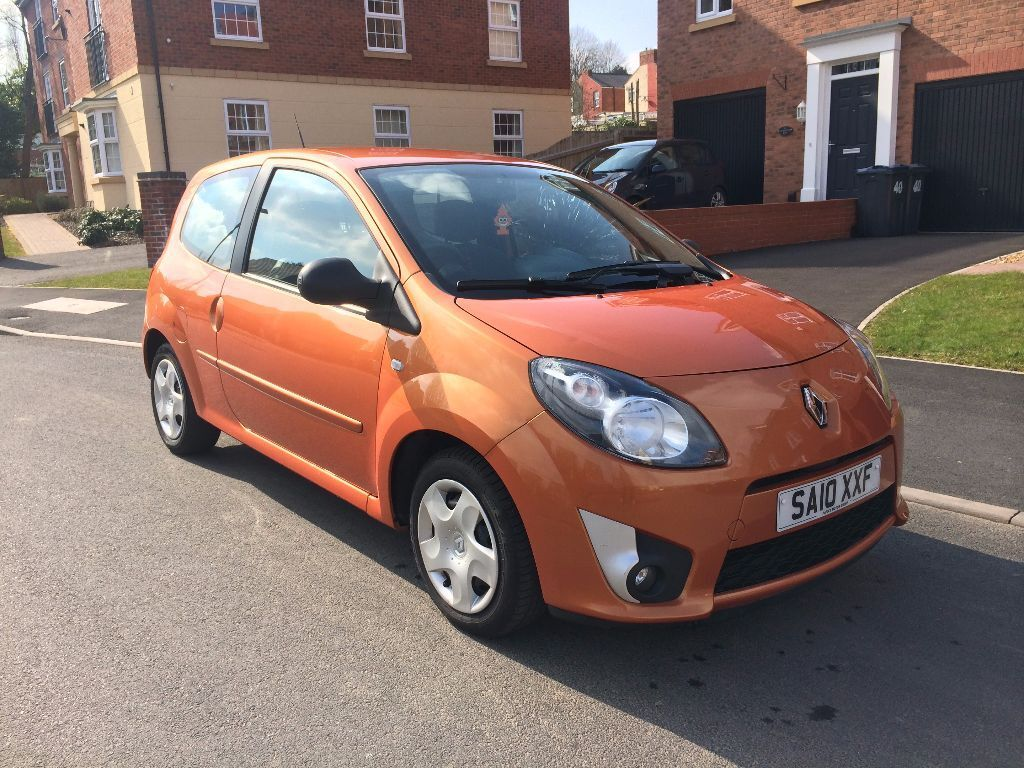 renault twingo 2010 1 2 extreme 60 orange mot immaculate condition not clio gt corsa micra. Black Bedroom Furniture Sets. Home Design Ideas
