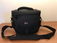 LowePro Camera bag (Mint Condition)