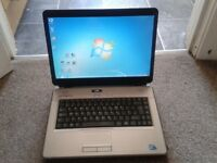 RM Nbook 4400 HL91 Windows 7 Pro Laptop. 320gb HDD, Webcam, HDMI, WiFi, DVD EXCELLENT CONDITION