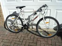 Very good condition Scott Sandoa Hybrid Bike