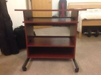 Computer desk with two sliding shelves - very good condition