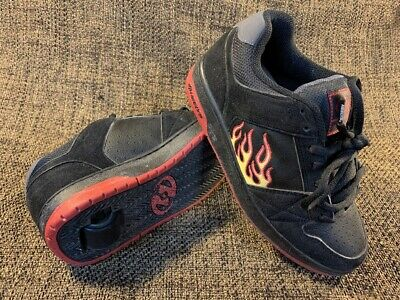 Boys Girls Size 7 HEELYS Roller Shoes Sneakers Black Red Yellow Flames 7168