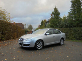 2006/06 VOLKSWAGEN JETTA 1.6 FSI *NEW CAMBELT* *FULL SERVICE HISTORY WITH 9 STAMPS* *12 MONTHS MOT*