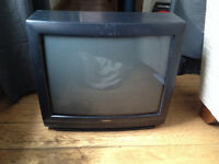 Goodmans 20 inch Television and Acoustic Solutions DVD player
