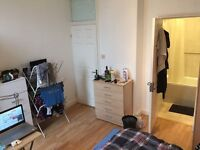 Amazing double/TWIN room with private bathroom available now in KILBURN!!! **NO AGENCY FEE**