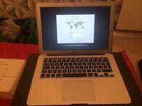 Apple Macbook Air 13 (2011 MID,1.7Hz, 4GB RAM,256GB FLASH STORE)