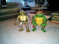 Vintage turtle figures free postage papa available