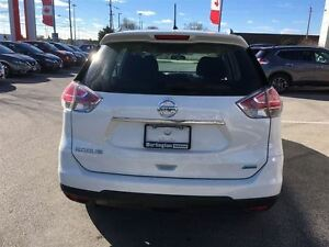 2014 Nissan Rogue S, FWD, ACCIDENT FREE ! Oakville / Halton Region Toronto (GTA) image 4