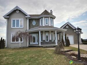 290 000$ - Maison 2 étages à vendre à East Angus