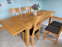 Oak Kitchen Table and Six Chairs