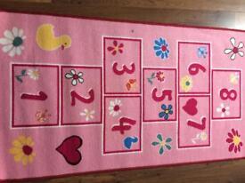 Hopscotch bedroom mat