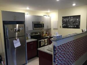 4 Bedroom Apartment - McLean St - May 1 2017 - $635 All In
