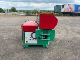 Baler. Two ram Gradeall wiper press. As new